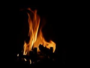 fire-551665_1280